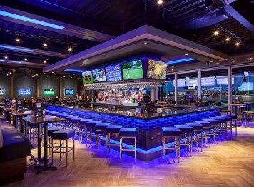 TopGolf Bar